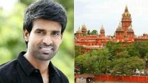 https://tamil.filmibeat.com/img/2020/11/soori-hc-1606476928.jpg
