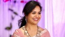 https://tamil.filmibeat.com/img/2020/11/suneetha3-1576228783-1606549595.jpg