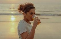 http://tamil.filmibeat.com/img/2020/11/taapseepannuslamstrollwithsavagereply-1606383889.jpg