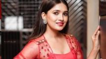 https://tamil.filmibeat.com/img/2020/11/vani-bhojan-1606574835.jpg