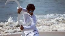 https://tamil.filmibeat.com/img/2020/11/vidyutjamwaltwitterpost-1606370392.jpg