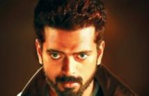 https://tamil.filmibeat.com/img/2020/11/vikranth-birthjday-1605244118.jpg