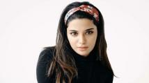 http://tamil.filmibeat.com/img/2020/12/aathmika-1607348098.jpg
