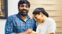 https://tamil.filmibeat.com/img/2020/12/anasuyabharadwajbondswithvijaysethupathi-1607077995.jpg