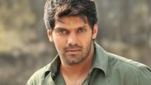https://tamil.filmibeat.com/img/2020/12/arya-1609158237.jpg