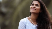 https://tamil.filmibeat.com/img/2021/01/halithashammeem-1611658191.jpg
