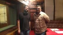 https://tamil.filmibeat.com/img/2021/01/sidsriram-1610379203.jpg