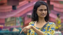 https://tamil.filmibeat.com/img/2021/01/suchi562-1604364851-1610774244.jpg