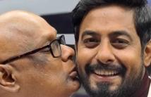 https://tamil.filmibeat.com/img/2021/01/sureshkissari-1611205624.jpg