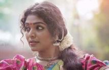 https://tamil.filmibeat.com/img/2021/02/07-pic1-1612436841.jpg