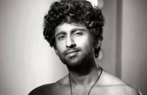 https://tamil.filmibeat.com/img/2021/02/mastermahendran-1612503810.jpg