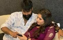 https://tamil.filmibeat.com/img/2021/02/priyankahusband-1614343310.jpg