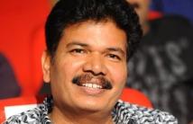 https://tamil.filmibeat.com/img/2021/02/shankar-director-gst-effect-04-14991613361-1613568364.jpg