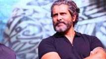 https://tamil.filmibeat.com/img/2021/02/vikram1-1614225583.jpg