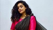 https://tamil.filmibeat.com/img/2021/03/abirami879-1569664778-1614691965.jpg