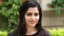 https://tamil.filmibeat.com/img/2021/03/sai-dhanshika-1609471626-1615210311.jpg
