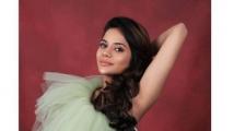 https://tamil.filmibeat.com/img/2021/04/aishwarya-1617786908.jpg
