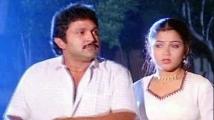 https://tamil.filmibeat.com/img/2021/04/chinnathamb-1618228978.jpg