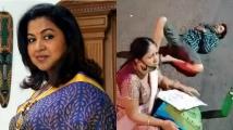 https://tamil.filmibeat.com/img/2021/04/radhikasarathkumar-1619243141.jpg