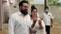https://tamil.filmibeat.com/img/2021/04/sarathkumar-1617686601.jpg