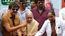 https://tamil.filmibeat.com/img/2021/04/sasikumartovenvivekhdemise2-1618649402.jpg