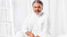 https://tamil.filmibeat.com/img/2021/04/vivek58856-1618649702.jpg