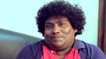 https://tamil.filmibeat.com/img/2021/04/yogi-babu-1618813889.jpg