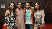https://tamil.filmibeat.com/img/2021/05/amalapaulpens4-1620654184.jpg