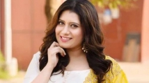 https://tamil.filmibeat.com/img/2021/05/anchorpriyanka-deshpande-1620022731.jpg
