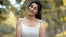 https://tamil.filmibeat.com/img/2021/05/priya-1574512396-1621318747.jpg