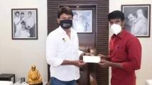 https://tamil.filmibeat.com/img/2021/06/samayam-tamil-1622784004.jpg