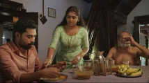 https://tamil.filmibeat.com/img/2021/06/the-great-indian-kitchen-movie-review-1-1623580238.jpg