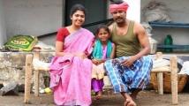 https://tamil.filmibeat.com/img/2021/07/riythvika-1627216180.jpg
