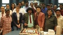 https://tamil.filmibeat.com/img/2021/07/yogi-1627277895.jpg