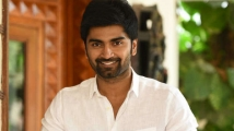 https://tamil.filmibeat.com/img/2021/08/atharvaa-1583212006-1588829013-1627798328.jpg