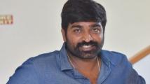 https://tamil.filmibeat.com/img/2021/08/vijaysethupathi-1-1-1573814561-1627804268.jpg
