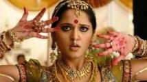 https://tamil.filmibeat.com/img/2021/09/anushkashetty-chandramukhi2-489-1632803908.jpg
