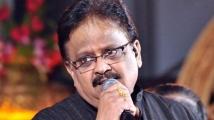 https://tamil.filmibeat.com/img/2021/09/spb01-1632539216.jpg