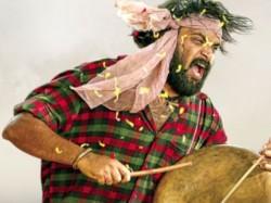 Tharai Thappattai Music Review