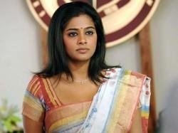 India Not Safe Women Says Priyamani