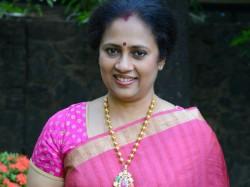 Zee Tamil Tv Crosses Vijay Tv Trp Says Lakshmi Ramakrishnan