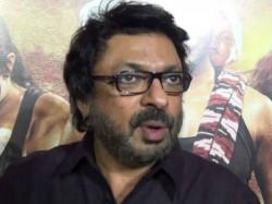 Sanjay Leela Bhansali Assaulted On Padmavati Sets