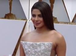 Priyanka Chopra S Daring Dress Attracts More At Oscar Red Carpet