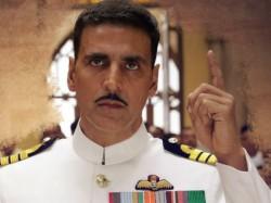 Akshay Kumar Gets Best Actor Award Rustom