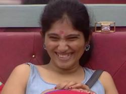 Juliana Scares Sripriya
