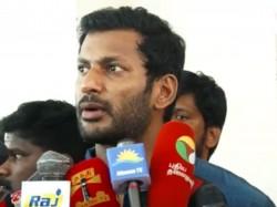 Why Vishal Keeps Silence Mersal Issue