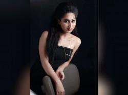 Actress Anjali Ameer Exclusive Interview Oneindia 2