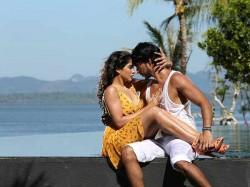 Mr Chandramouli Movie Review