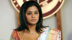 Actress Priyamani Opens Up About Color Complexion