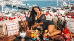 Croatian Girl Ivana Knoll Exotic Tour In Istanbul Photos Must Be A Eyecatcher